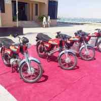 پاکستان میں انتہایئ سستی اور بغیر پٹرول کے چلنے والی موٹر سائکلیں متعارف کرا دی گئیں.تفصیل جان کر آپ بهی خوش هو جائیں گے...