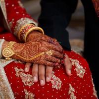 """شادی سے پہلے لڑکی کو لڑکے کے گھر والوں کے سامنے کپڑے اتارنے پر مجبور کر دیا گیا کیونکہ۔۔۔"""" ایسا شرمناک واقعہ سامنے آ گیا کہ انسانیت بھی شرمندہ ہو گئی"""