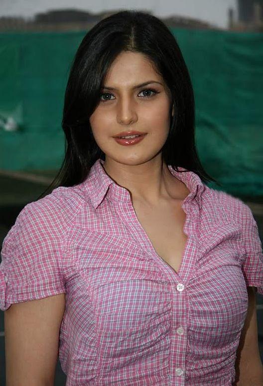 Zarine-Khan.jpg