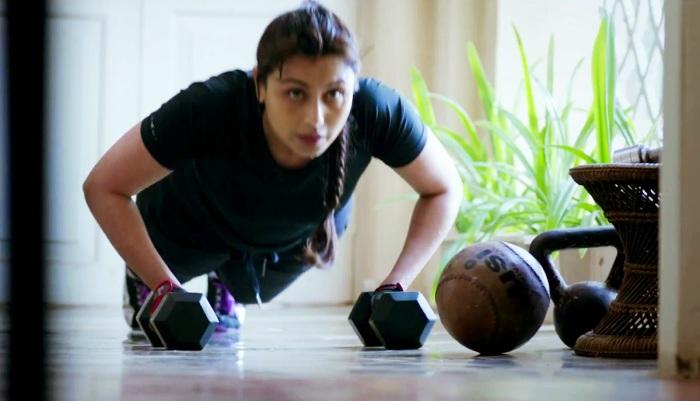 Mardaani+Rani+Mukerji+Exercise.jpg