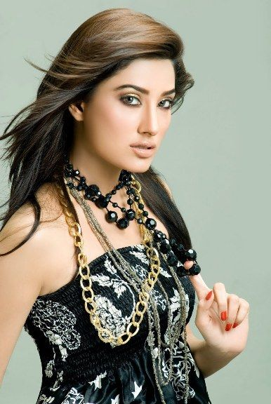 Mehwish-Hayat-Hot-Pics-11