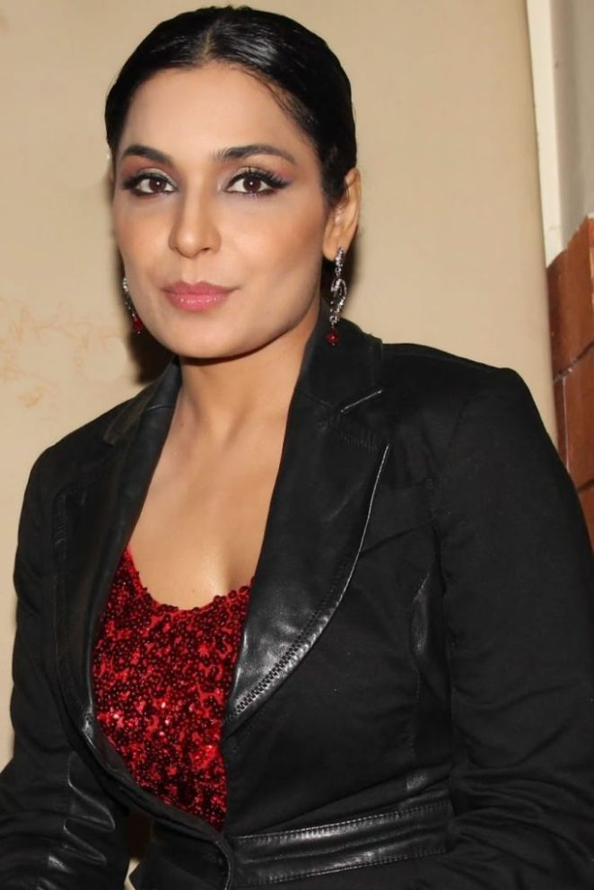 Real-Face-of-Pakistani-Actress-Meera-2-683x1024.jpg