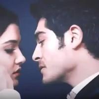 Teri aankhon ke dariya ka utarna bhi zaroori tha(video)