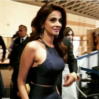 Saba Qamar denies rumors about her house getting sealed